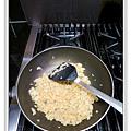 蝦仁飯做法12.JPG