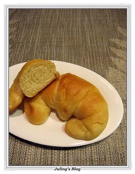 蛋糕預拌粉做甜麵包 1.JPG