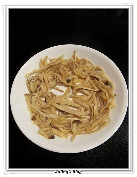 杏鮑菇素肉乾做法4.JPG