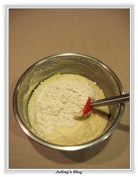 oreo杯子蛋糕做法4.JPG