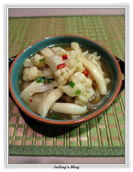 椰菜鮮魷羹2.JPG