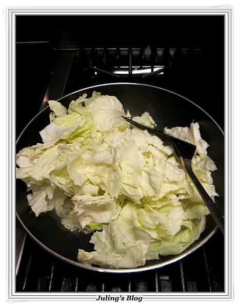 沙茶高麗菜做法2.JPG