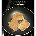 豬排海苔飯糰做法9.JPG