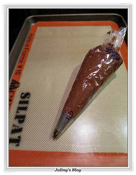 巧克力蛋白奶酥做法5.JPG