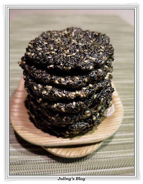 黑芝麻薄酥1.JPG