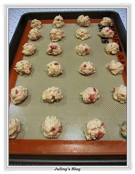 草莓奶油乳酪軟餅做法9.JPG
