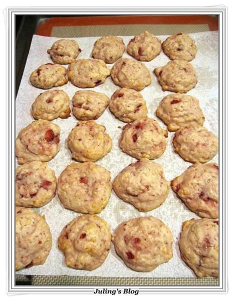 草莓奶油乳酪軟餅做法11.JPG