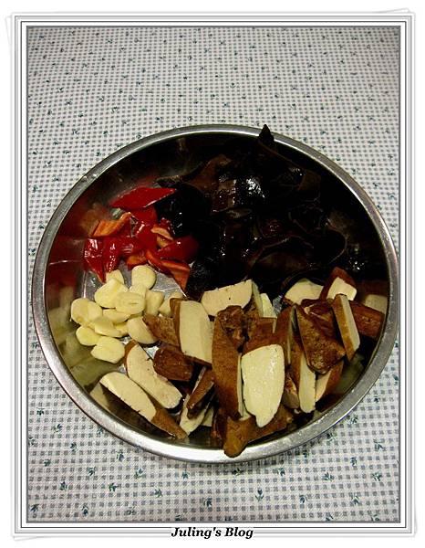 花菜回鍋肉做法4.JPG