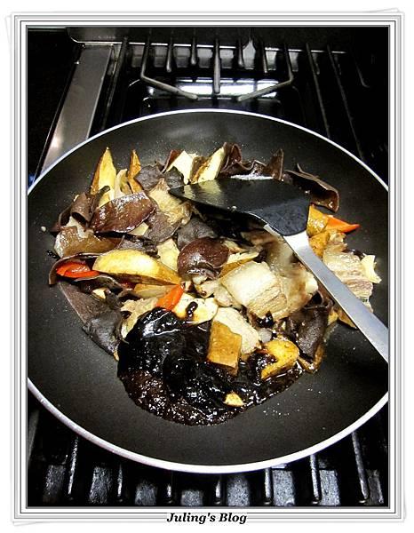 花菜回鍋肉做法8.JPG