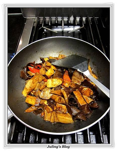 花菜回鍋肉做法9.JPG