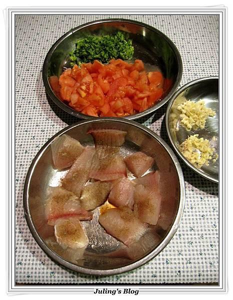 魚肉蕃茄羹做法2.JPG