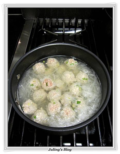 蘿蔔豆腐丸子湯做法5.JPG