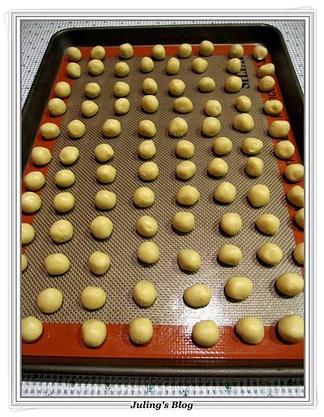 蜂蜜蛋黃小饅頭做法8.JPG