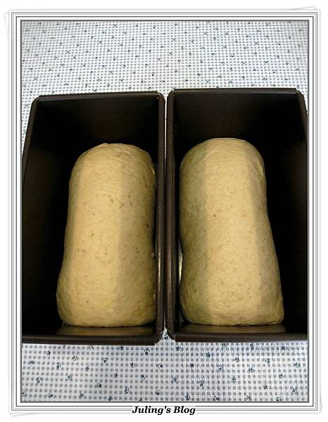 燕麥蜂蜜牛奶土司做法14.JPG