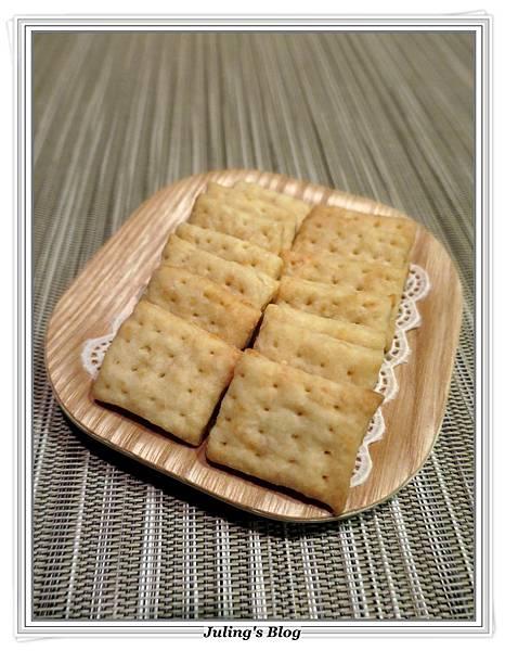 蒜香起司鹹酥餅2.JPG