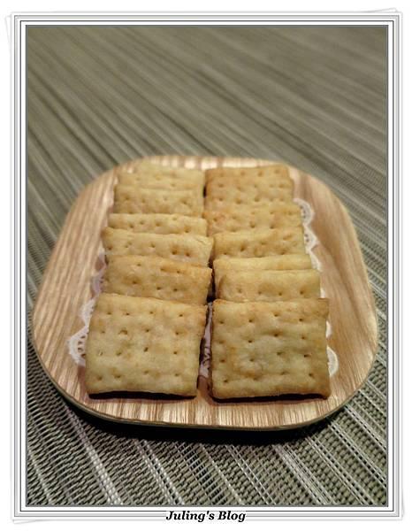 蒜香起司鹹酥餅4.JPG