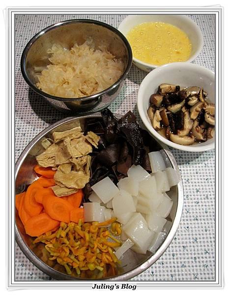 素白菜滷做法2.JPG