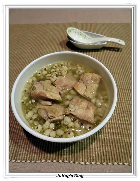 綠豆薏仁雞湯1.JPG