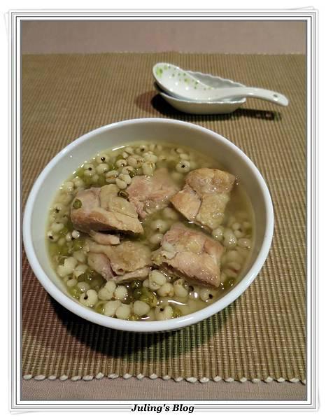 綠豆薏仁雞湯2.JPG