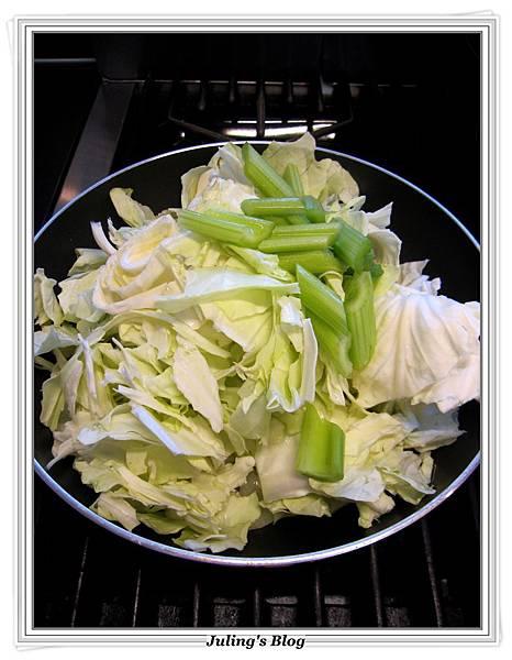 薏仁蔬菜牛肉湯做法6.JPG