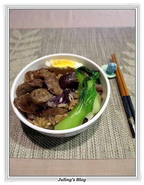 香腸洋芋燉飯3.JPG