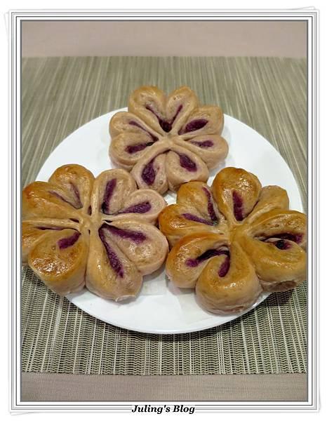 花形紫薯麵包2.JPG