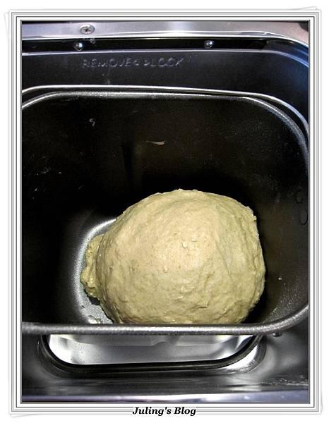 蔥香蒜味麵包做法4.JPG