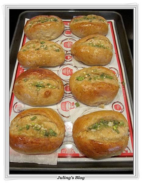 蔥香蒜味麵包做法13.JPG