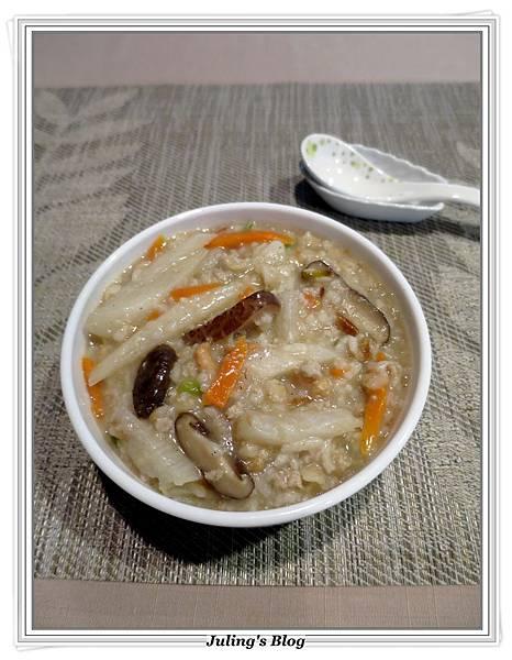 山藥香菇肉粥1.JPG