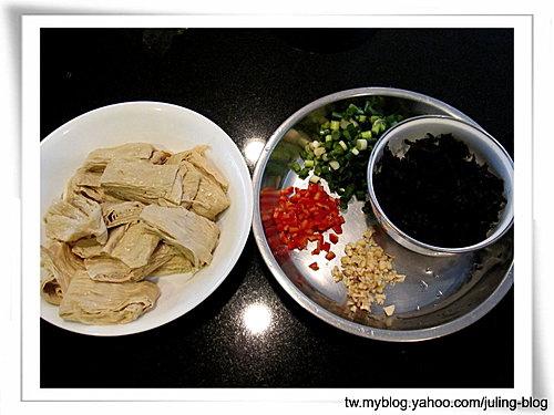 梅菜肉末燒豆包1.jpg