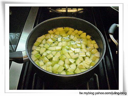 香菇黃瓜炒肉丁1.jpg