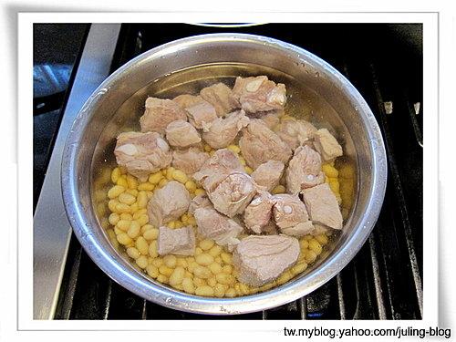 黃豆排骨湯3.jpg
