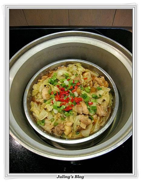 高麗菜燜雞做法8.JPG