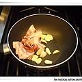 蛋黃培根麵1.jpg