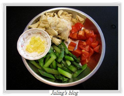 豆皮炒蘆筍2.jpg