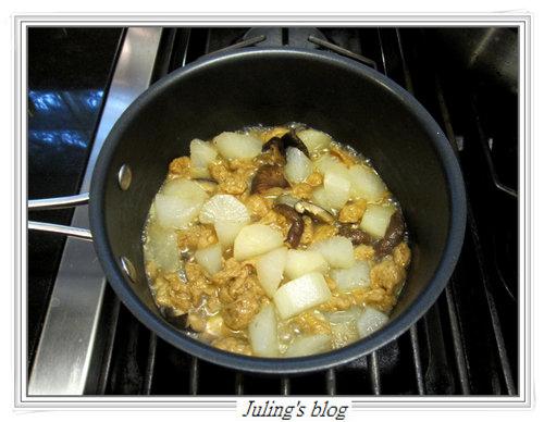 麵筋燒蘿蔔3.jpg