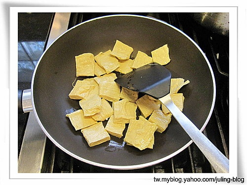 菠菜炒豆包3.jpg