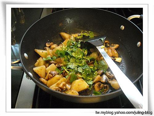 奶油蘑菇洋芋6.jpg
