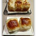 椰奶麵包2.JPG