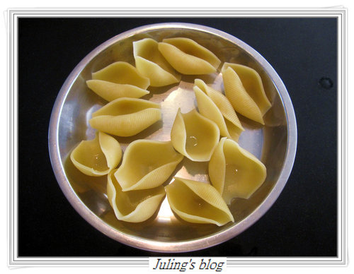 Clam Stuffed Pasta Shells(貝殼麵鑲蛤蜊)2.jpg