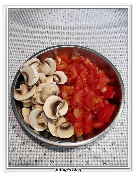 蘑菇茄醬豬排做法4.JPG