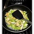 絲瓜燒豆腐做法8.JPG