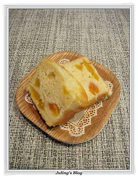 桃子酸奶蛋糕3.JPG