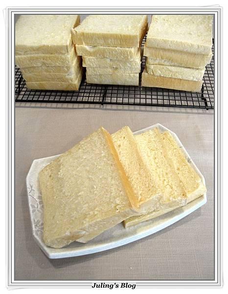 超軟北海道牛奶土司3.JPG