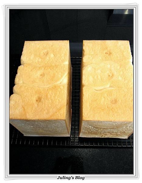 超軟北海道牛奶土司做法11.JPG