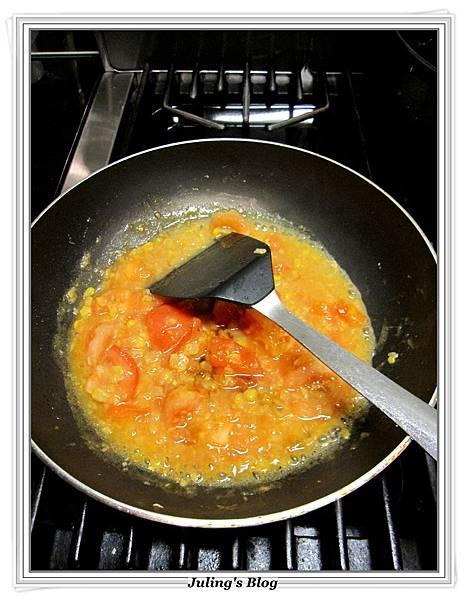 玉米醬炒蕃茄蛋做法6.JPG