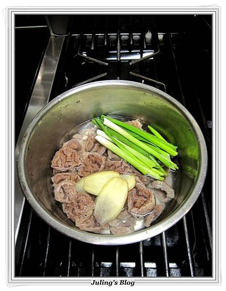 蒜香奶醬牛肉做法2.JPG