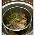蒜香奶醬牛肉做法4.JPG