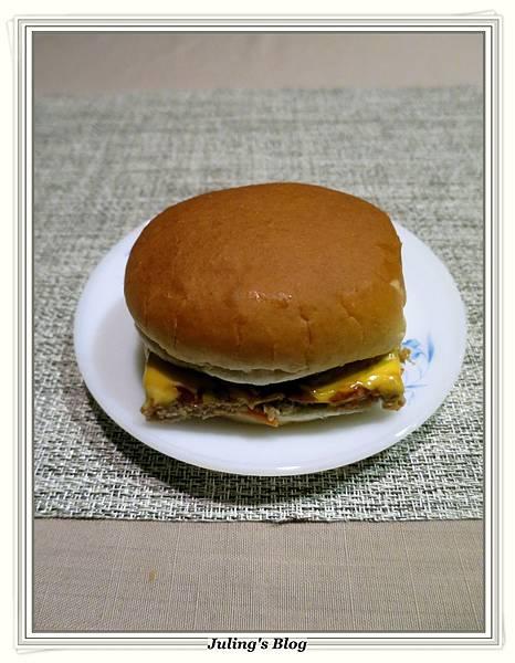 起司漢堡肉2.JPG