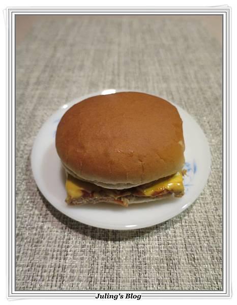 起司漢堡肉3.JPG